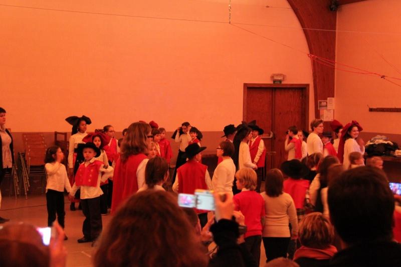 Fête de noël des écoles de Wangen le vendredi 9 décembre 2011 à 18h30 Img_9715