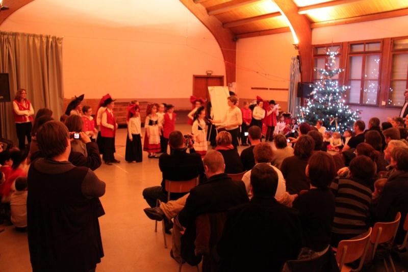 Fête de noël des écoles de Wangen le vendredi 9 décembre 2011 à 18h30 Img_9718