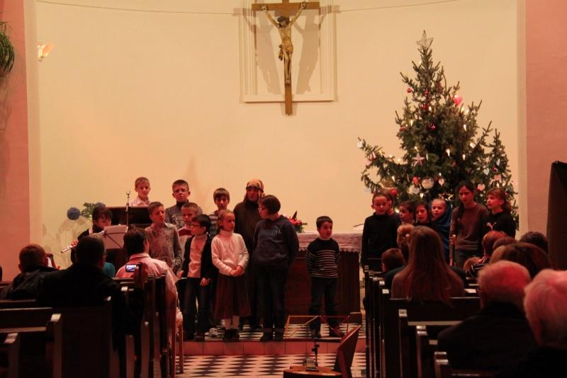 Veillée de Noël à Wangen avec les enfants du P'tit dim ,le 18 décembre 2011 Img_9736