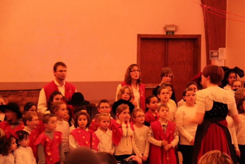Fête de noël des écoles de Wangen le vendredi 9 décembre 2011 à 18h30 Img_9813