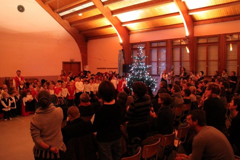 Fête de noël des écoles de Wangen le vendredi 9 décembre 2011 à 18h30 Img_9815