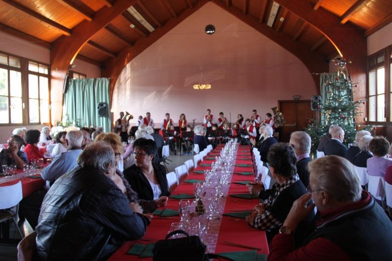 Fête de Noël des aînés de Wangen le dimanche 11 décembre 2011 Img_9827