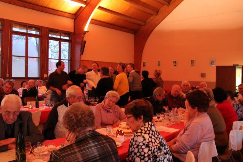 Fête de Noël des aînés de Wangen le dimanche 11 décembre 2011 Img_9941