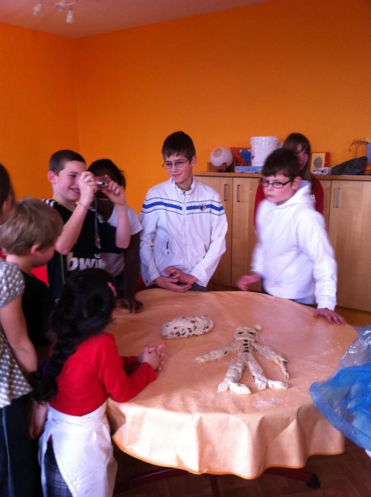 """"""" Atelier  brioche""""  à la maison C du Freihof à Wangen mercredi 30 novembre 2011 Iphone27"""