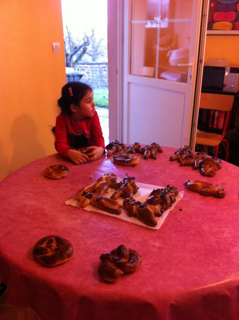 """"""" Atelier  brioche""""  à la maison C du Freihof à Wangen mercredi 30 novembre 2011 Iphone60"""