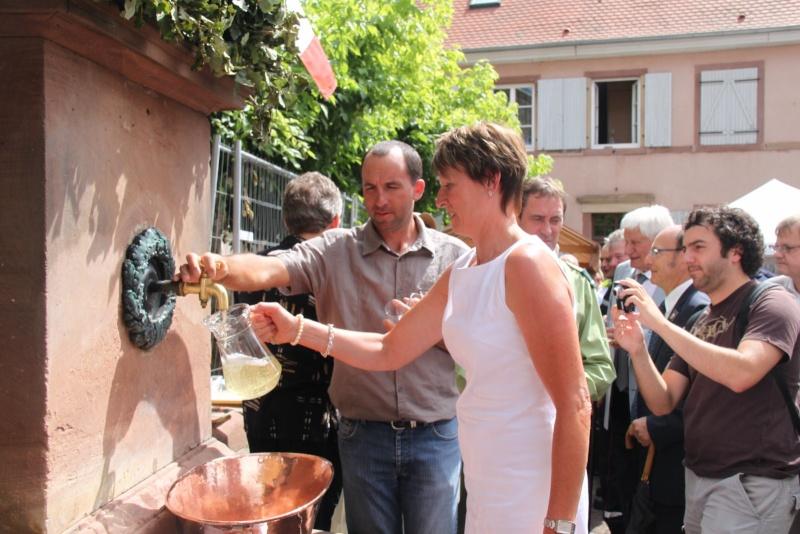 Wangen : Fête de la Fontaine le 8 juillet 2012 Pisci112