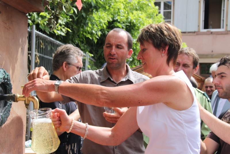 Wangen : Fête de la Fontaine le 8 juillet 2012 Pisci113