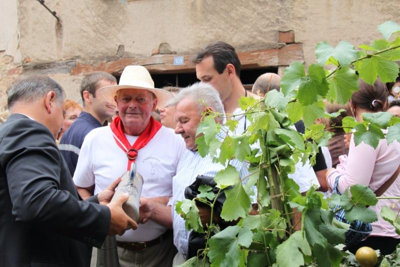 Wangen : Fête de la Fontaine le 8 juillet 2012 Pisci116