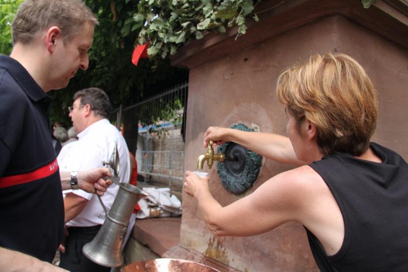 Wangen : Fête de la Fontaine le 8 juillet 2012 Pisci119