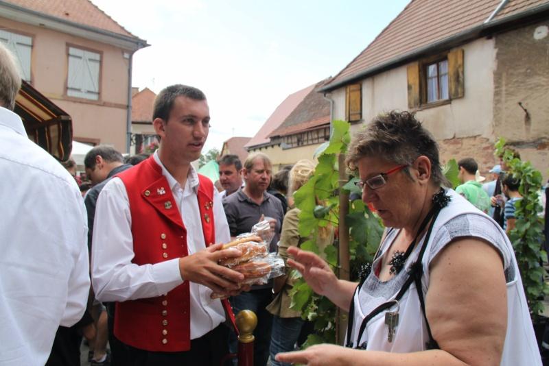 Wangen : Fête de la Fontaine le 8 juillet 2012 Pisci135