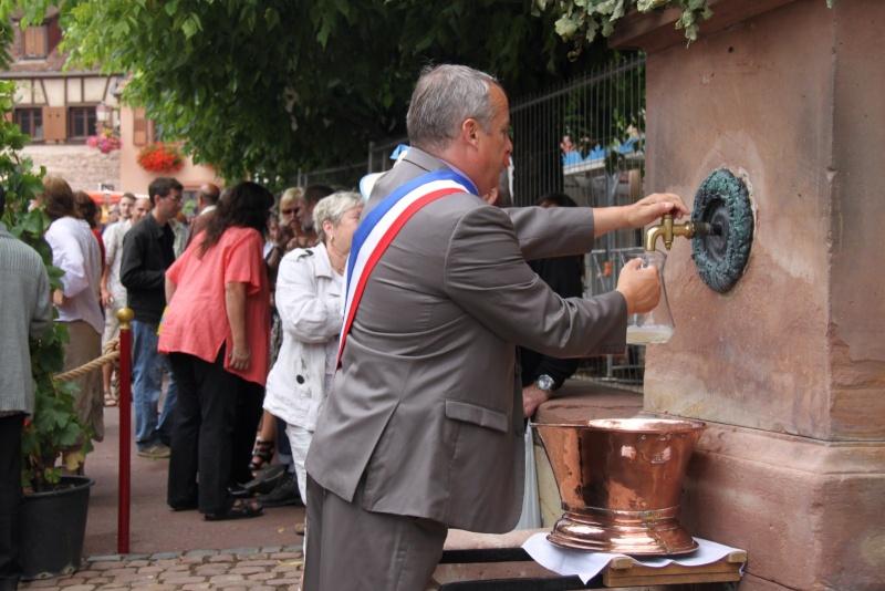 Wangen : Fête de la Fontaine le 8 juillet 2012 Pisci150
