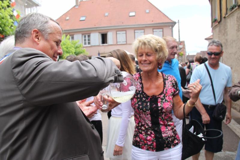 Wangen : Fête de la Fontaine le 8 juillet 2012 Pisci155