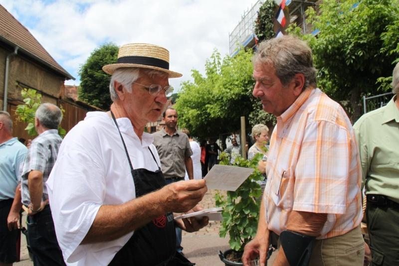 Wangen : Fête de la Fontaine le 8 juillet 2012 Pisci159