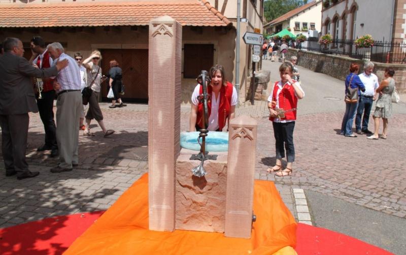 Wangen : Fête de la Fontaine le 8 juillet 2012 Pisci170