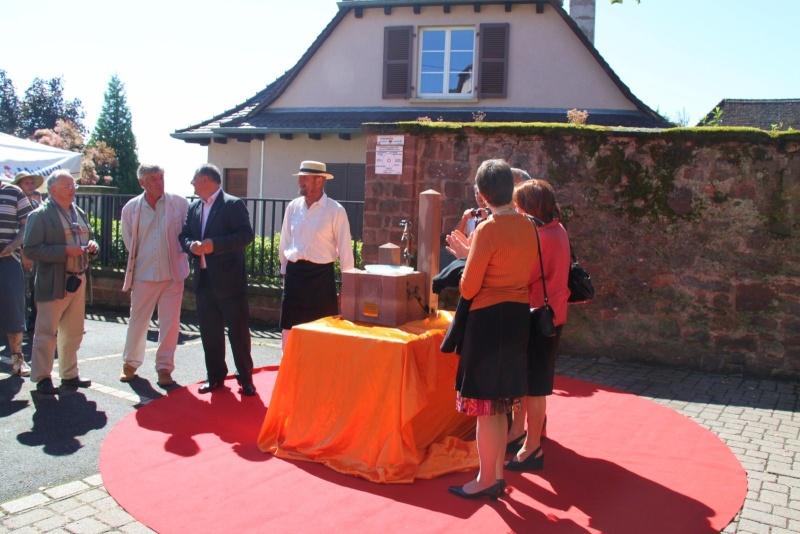 Wangen : Fête de la Fontaine le 8 juillet 2012 Piscin23