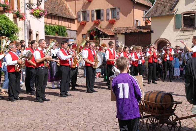 Wangen : Fête de la Fontaine le 8 juillet 2012 Piscin71