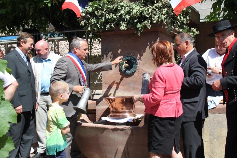 Wangen : Fête de la Fontaine le 8 juillet 2012 Piscin99