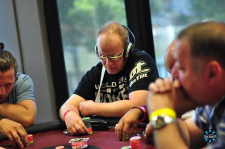 Event 4 WaSOP 2012 : High Roller Day 1 - Page 3 Rsca0110