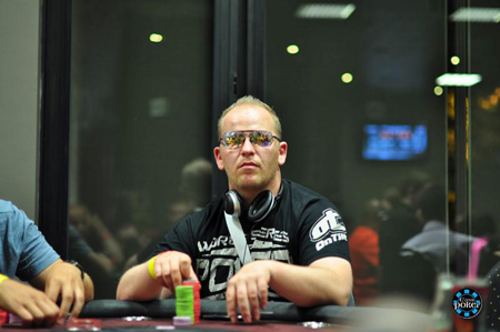 Event 4 WaSOP 2012 : High Roller Day 1 - Page 3 Rsca0210
