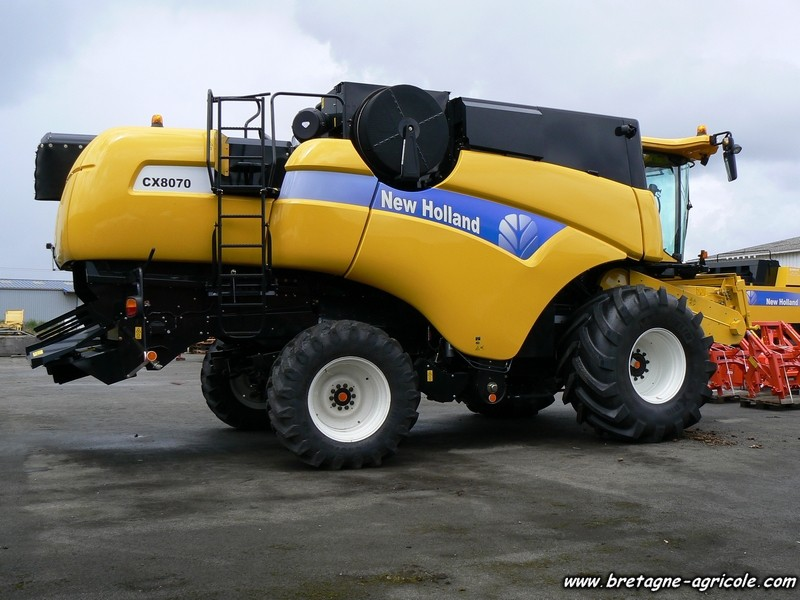 New holland P1040519