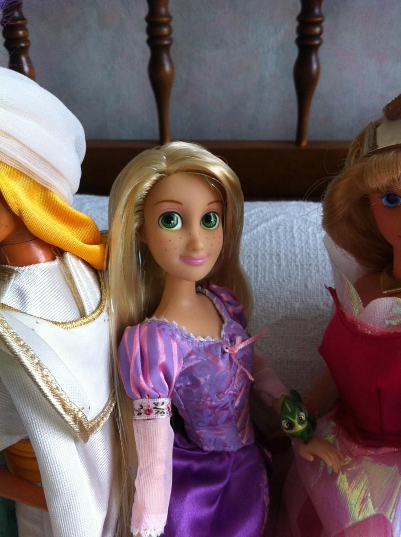 Ma collection des poupées des films de DISNEY - Page 4 Img_3943