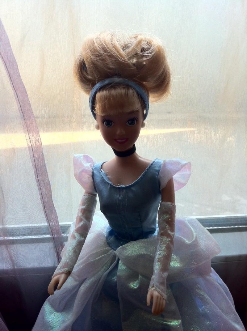 Ma collection des poupées des films de DISNEY - Page 4 Photo018