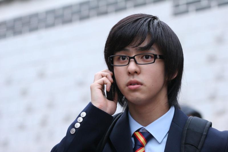 THe Attack on the Pin - up Boys [phim này Super Junior đóg nè] F7635111