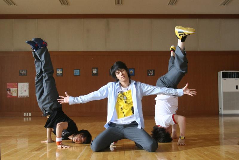 THe Attack on the Pin - up Boys [phim này Super Junior đóg nè] F7635210