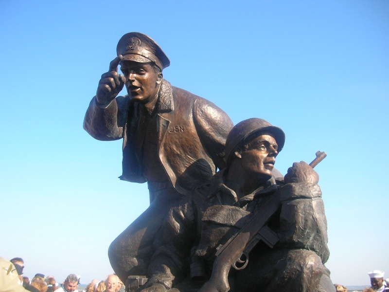 Inauguration monument USN Utah Beach Dscn1012