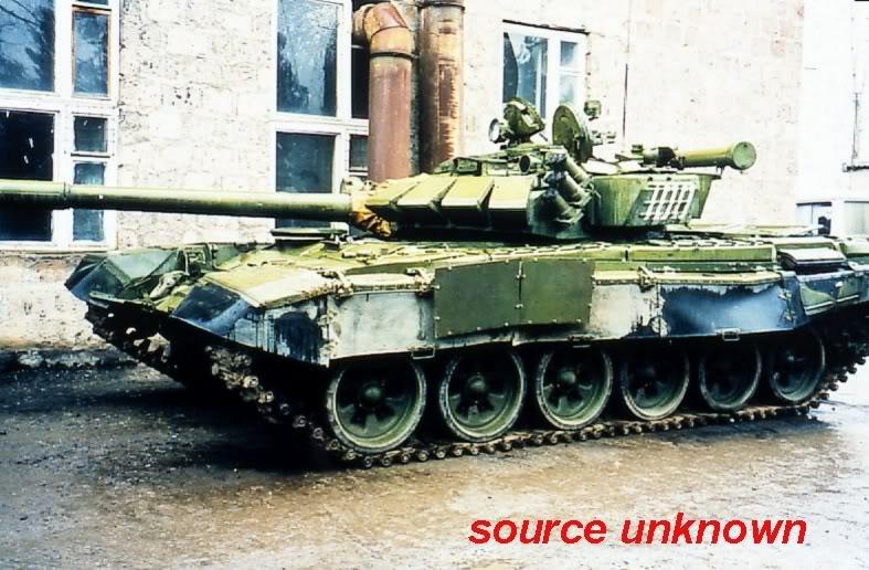 T 72 B Revell/ACE/tourelle résine PB 1/72 ! T-72bm10