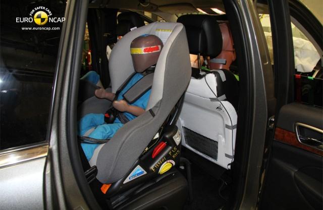 Jeep Grand Cherokee 2011 краш-тест. 3_110
