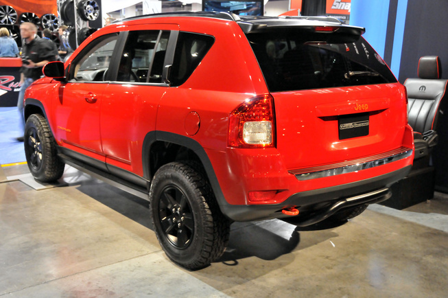 Jeep Compass Canyon, SEMA 2011 Jeep-c11