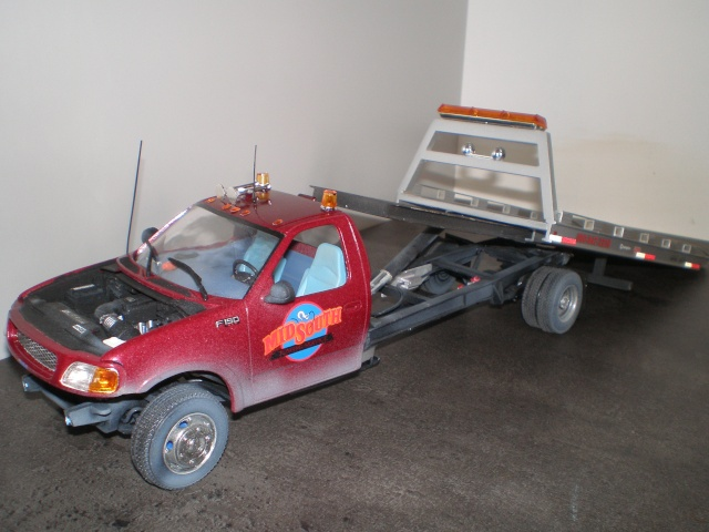 ford f150 towing truck P4281313