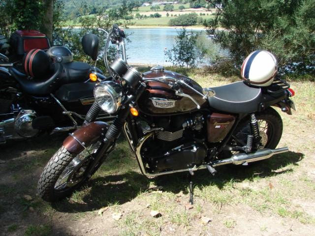 motos anciennes & nouvelles  Dsc05413