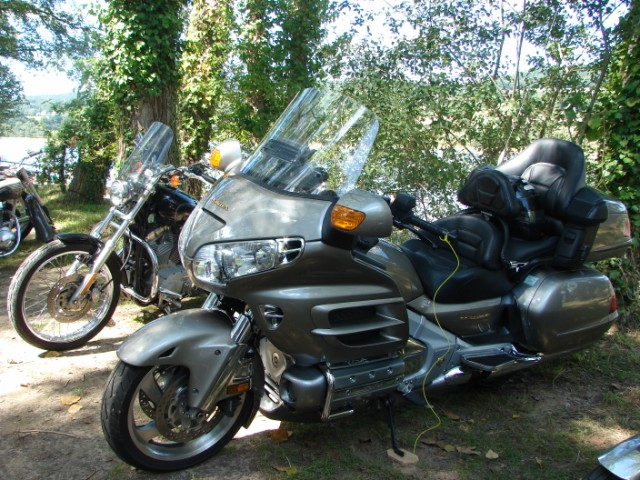 motos anciennes & nouvelles  Dsc05416