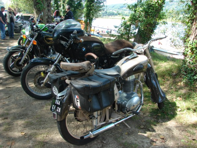 motos anciennes & nouvelles  Dsc05418