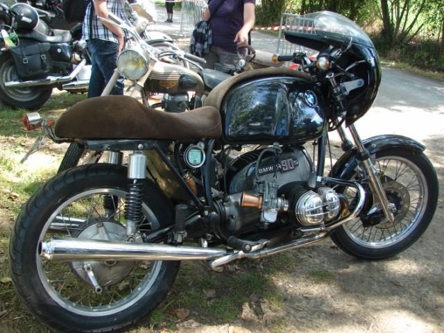 motos anciennes & nouvelles  Dsc05431