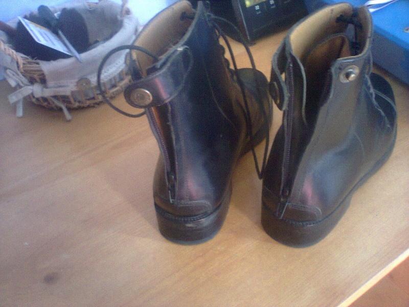 boots en cuir jamais servi  Photo039
