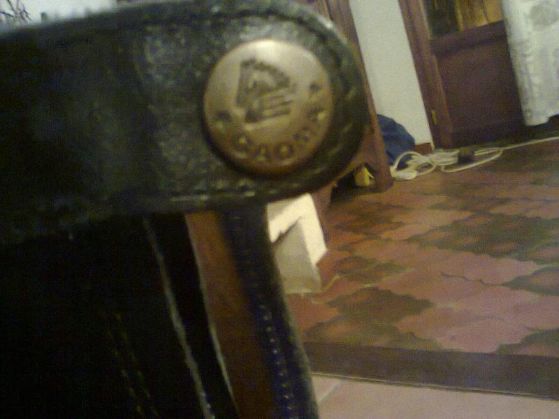 boots en cuir jamais servi  Photo041