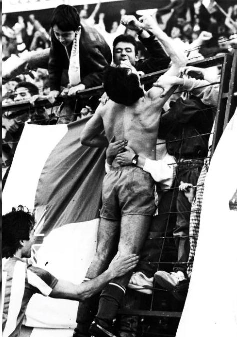 FOTOS HISTORICAS O CHULAS  DE FUTBOL - Página 3 6a45e410