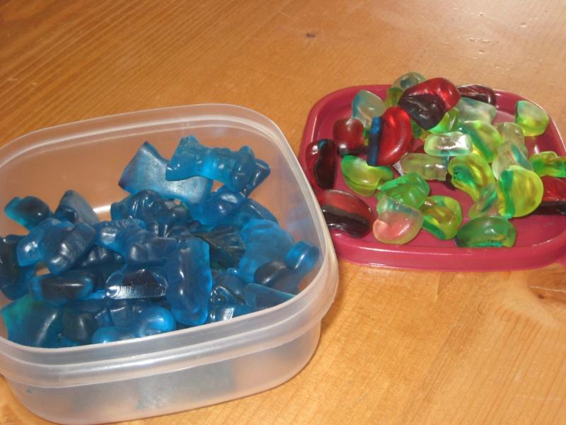 colorant - Colorant alimentaire bleu....helppppp Morcea11