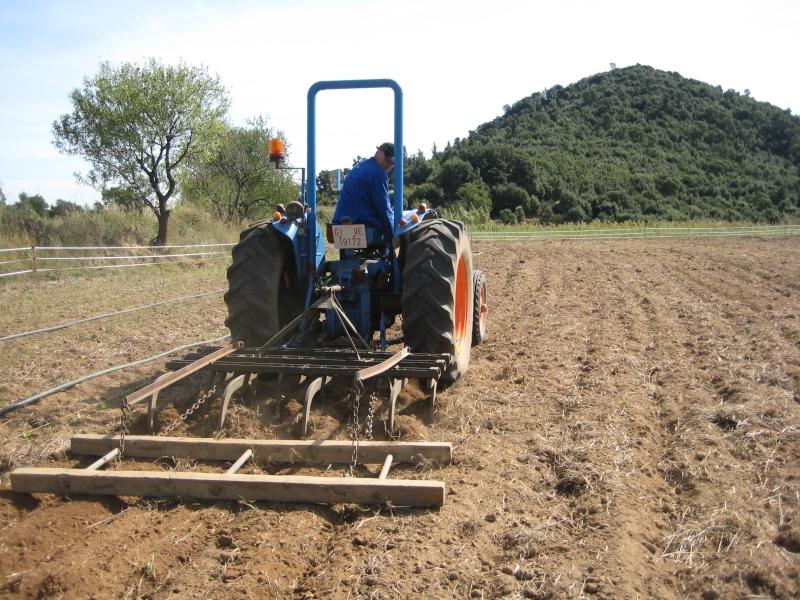 Presto mi Súper Ebro (2ª versión) a un amigo agricultor ecológico. Img_8712