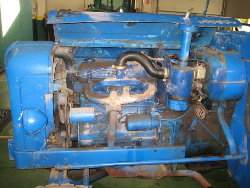 Los Ebro Diesel (Ebro 44) no se rinden y aún trabajan. Img_9019