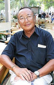 Hommage à Monsieur le commissaire divisionnaire Georges Nguyen Van Loc,le père du GIPN . Source WIKIPEDIA. Le_chi10