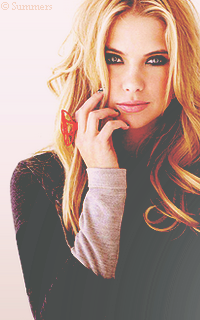 Ashley Benson Sans_323