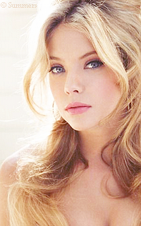 Ashley Benson Sans_327