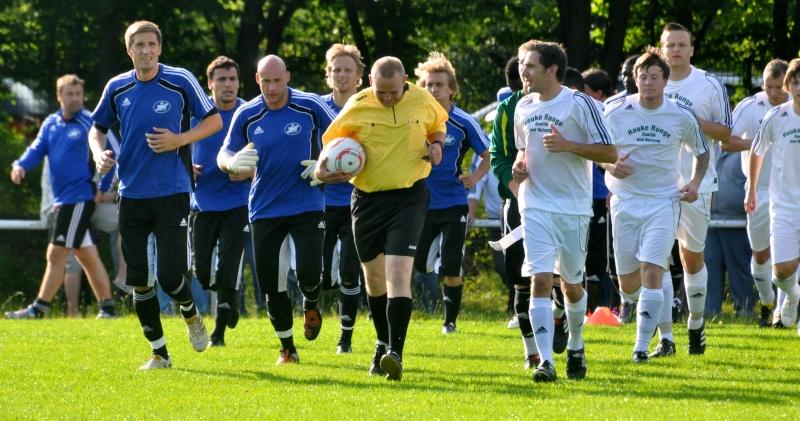 Vorbereitungsspiele Saison 2011/2012 - Seite 3 Dsc_0012