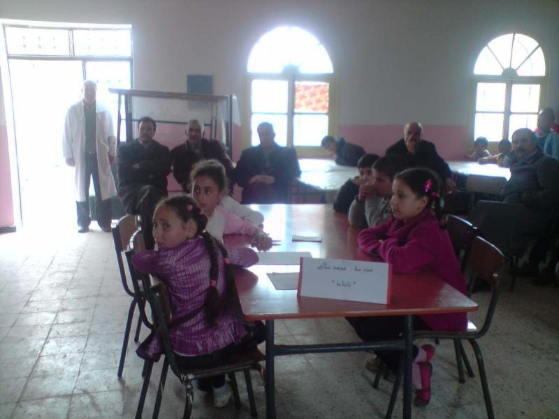 منافسة فكرية بين مدرسة سلالي محمد بتابلاط ومدرسة الشهيد:زايري يحي(أبوبكر الصديق) بالعزيزية P0603111