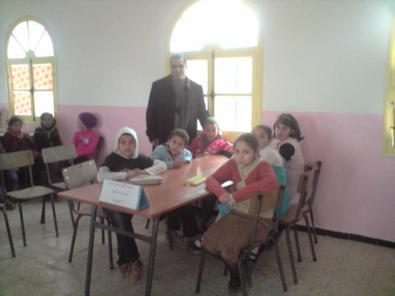 منافسة فكرية بين مدرسة سلالي محمد بتابلاط ومدرسة الشهيد:زايري يحي(أبوبكر الصديق) بالعزيزية P0603114