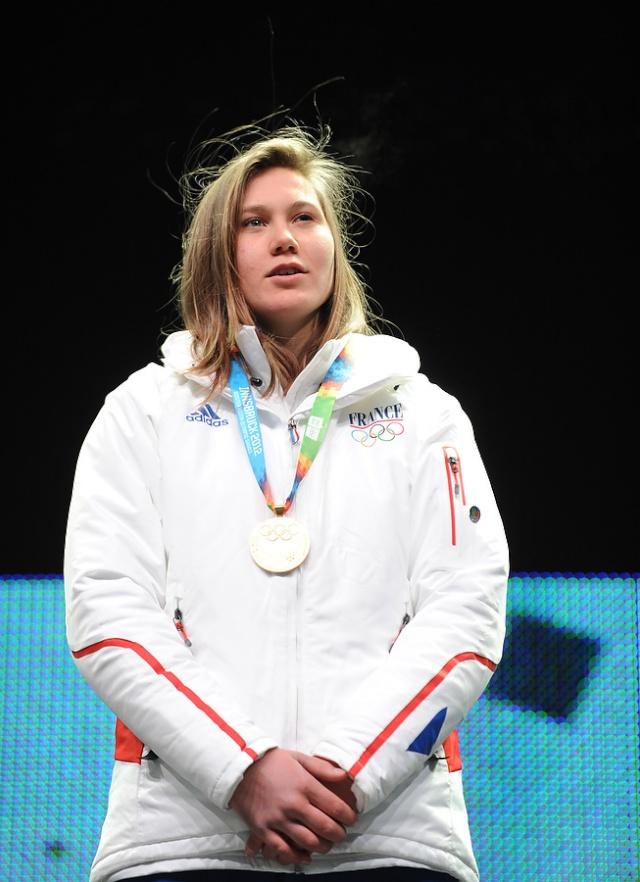 Jeux Olympiques de la Jeunesse d'hiver - Innsbruck 2012 - La 1ere médaille d'OR de l'histoire des JOJ d'hiver est Française... Bravo Estelle !!! Estell10